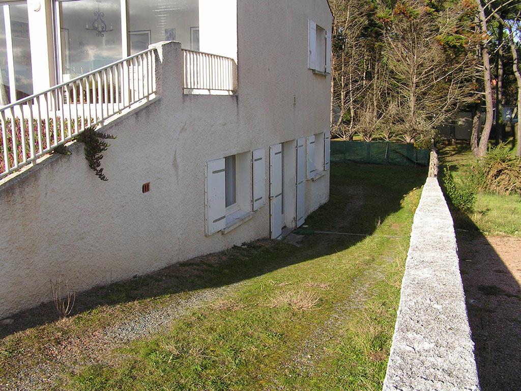 5-bas-vue-descente-et-jardin